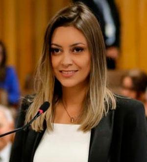 Vivian-Letícia-de-Oliveira